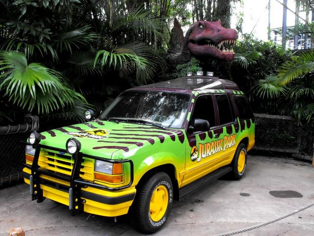 le ford explorer explos dans jurassic park quatre cylindres en ligne. Black Bedroom Furniture Sets. Home Design Ideas