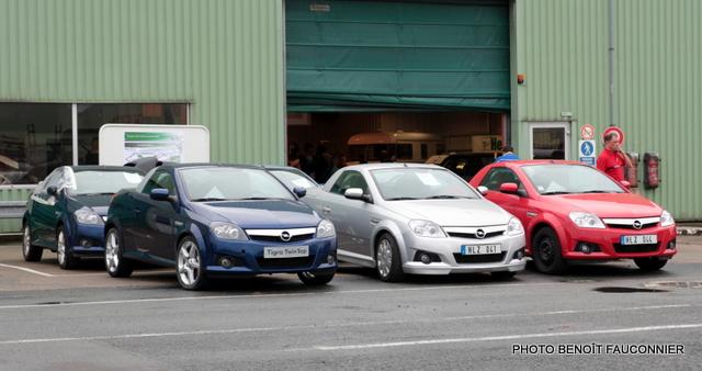 Vente aux enchères Heuliez le 7 octobre 2012 à Cerizay - Opel Tigra TwinTop