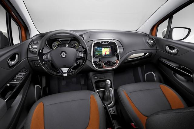 Renault_42097_global_fr
