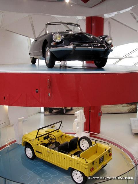 Citroën DS cabriolet et Méhari