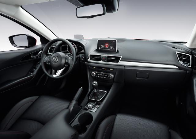 Mazda 3 (3)