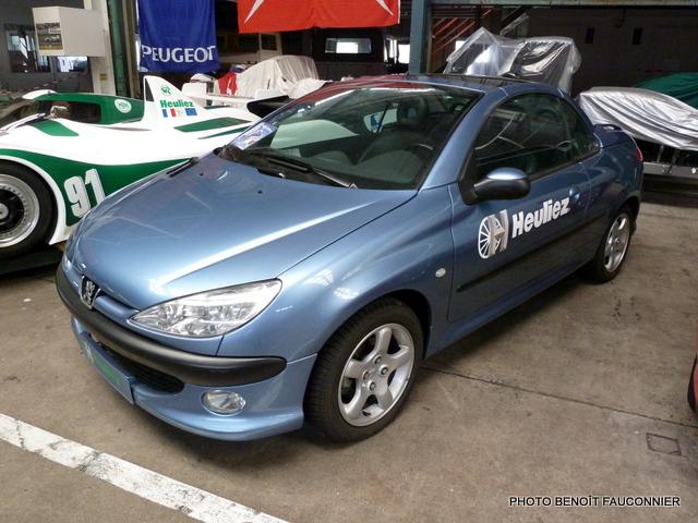 Peugeot 206 CC ciel bleu  Heuliez
