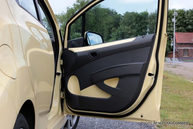 Chevrolet Spark (7)