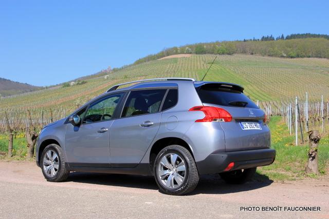 Peugeot 2008 (2)
