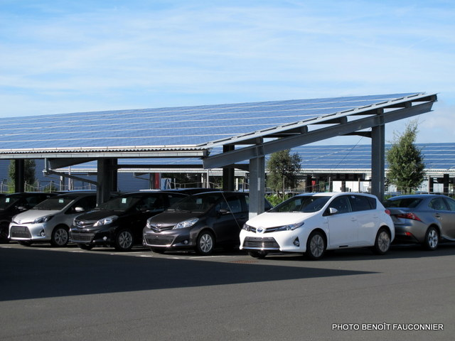 Eco-concession Toyota Lexus La Rochelle (7)