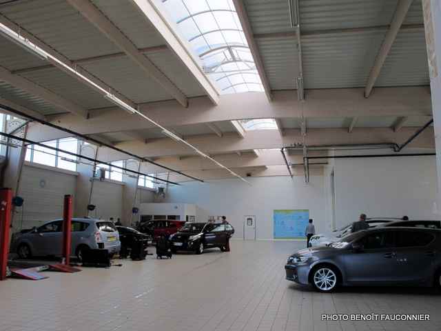 Eco-concession Toyota Lexus La Rochelle (8)