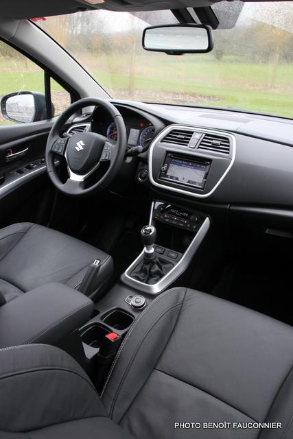 Suzuki SX4 S-Cross (16)