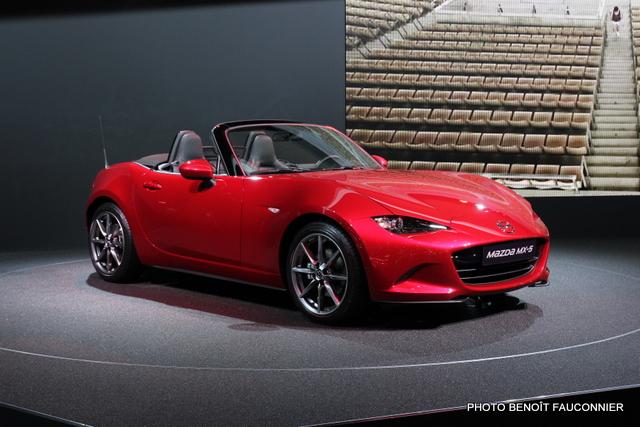 Mondial de l'Automobile 2014 Mazda MX5 (4)