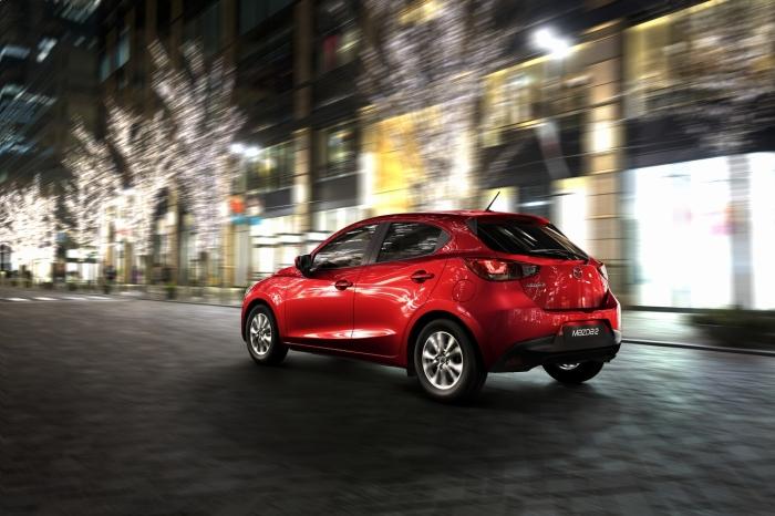 Mazda 2 (3)