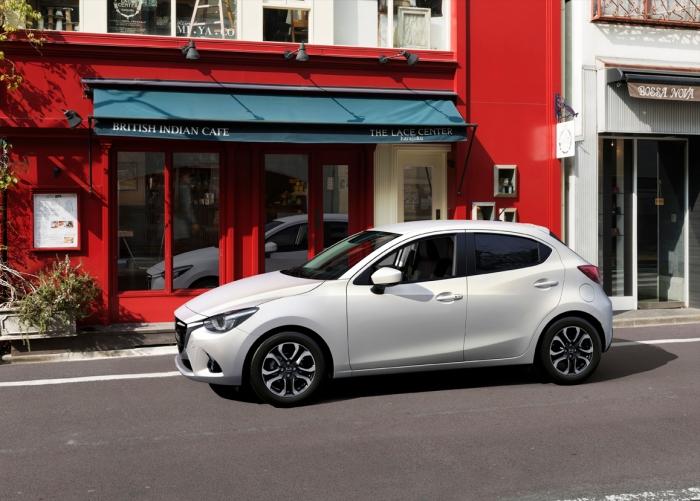 Mazda 2 (7)