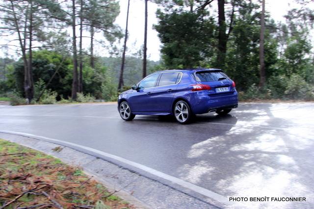 Peugeot 308 GT (20)