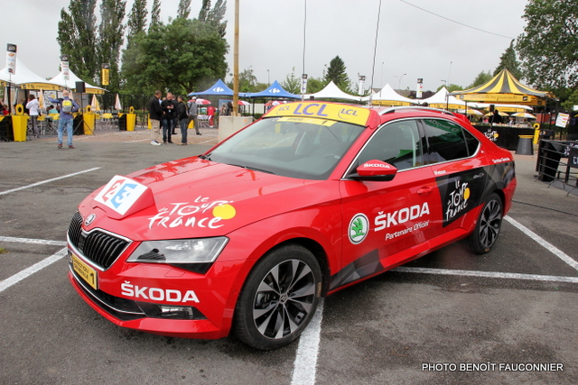 Skoda Superb Tour de France 2015 (6)