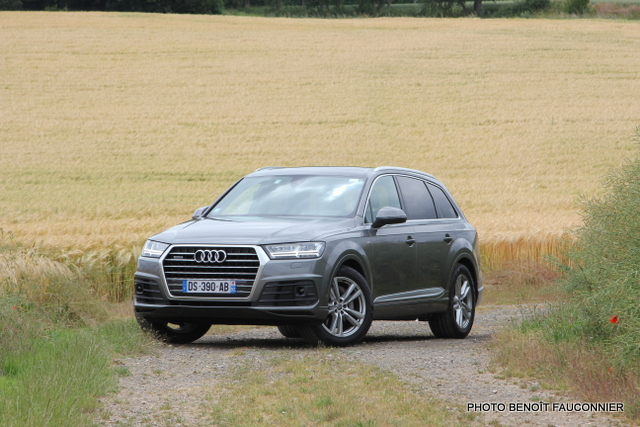 Audi Q7 30 V6 TDI S Line (37)