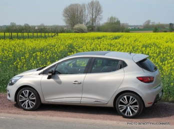 Renault Clio Initiale (19)