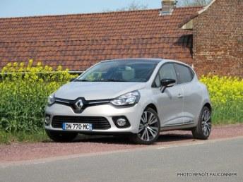 Renault Clio Initiale (20)