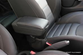 Renault Clio Initiale (7)