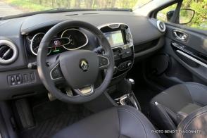 Renault Clio Initiale (8)