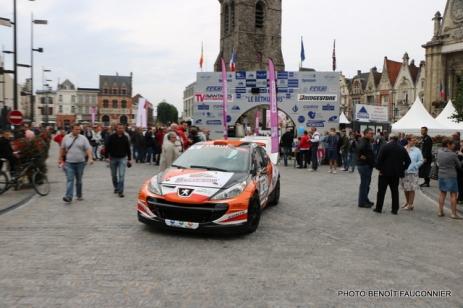 Départ 1e boucle rallye Le Béthunois 2015 (11)