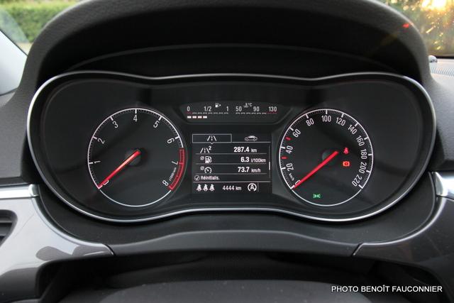 Opel Corsa 1.0 115 Ecotec Cosmo (1)