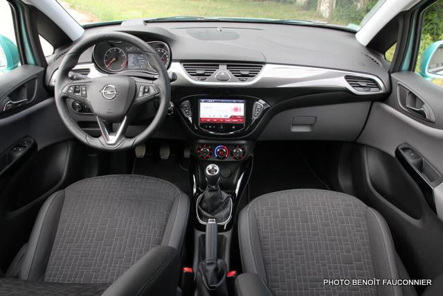 Opel Corsa 1.0 115 Ecotec Cosmo (19)