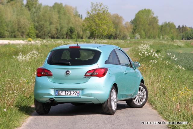 Opel Corsa 1.0 115 Ecotec Cosmo (24)