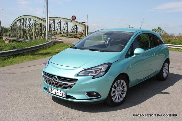 Opel Corsa 1.0 115 Ecotec Cosmo (25)