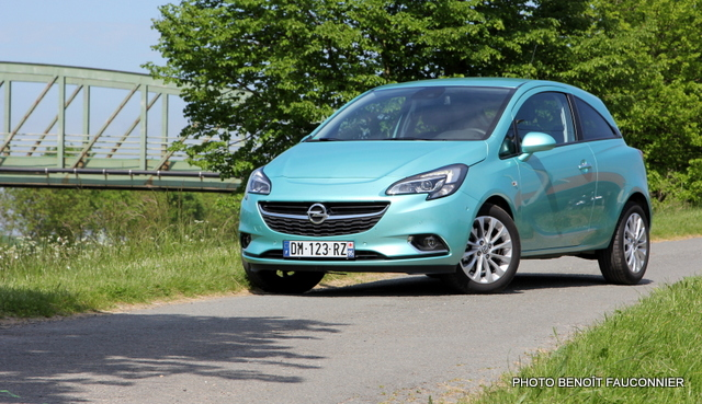 Opel Corsa 1.0 115 Ecotec Cosmo (29)