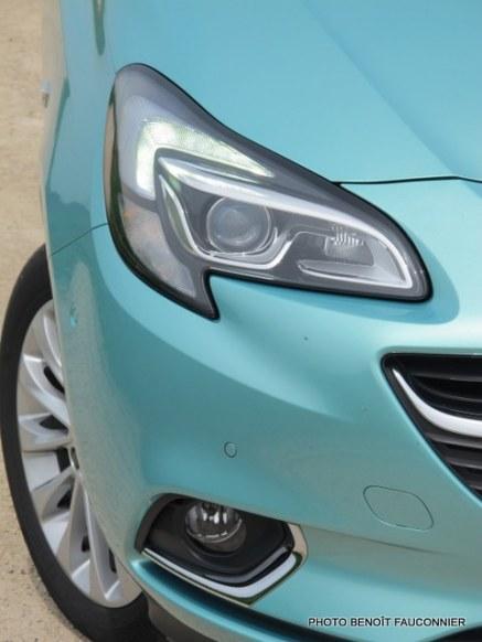 Opel Corsa 1.0 115 Ecotec Cosmo (39)