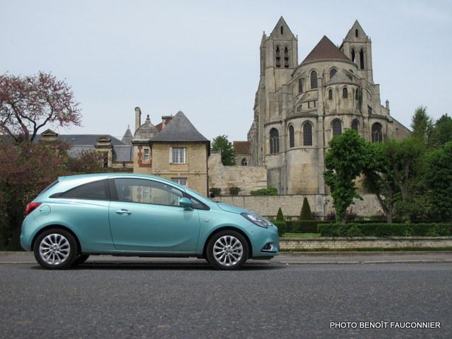 Opel Corsa 1.0 115 Ecotec Cosmo (49)