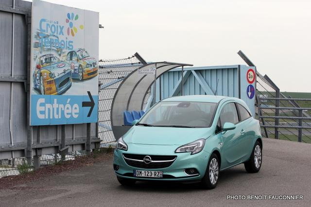 Opel Corsa 1.0 115 Ecotec Cosmo (52)