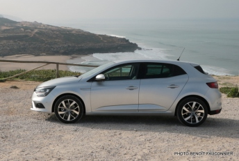Renault Mégane 1.6 dCi 130 Intens (1)