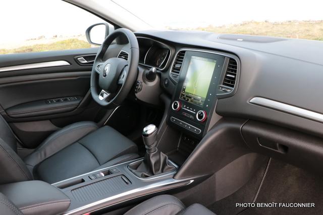 Renault Mégane 1.6 dCi 130 Intens (22)