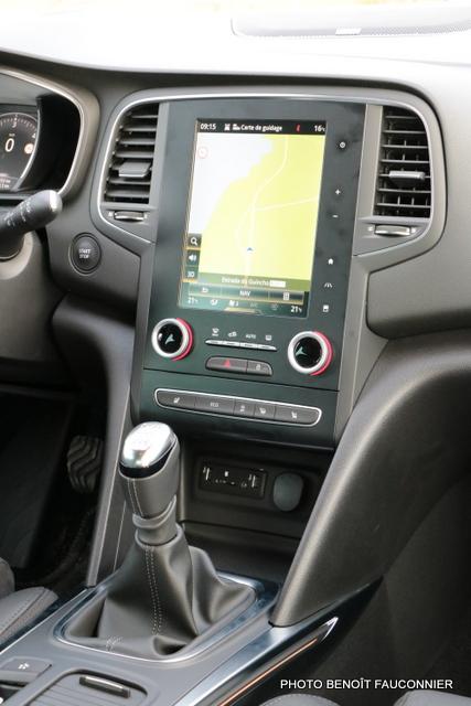 Renault Mégane 1.6 dCi 130 Intens (17)