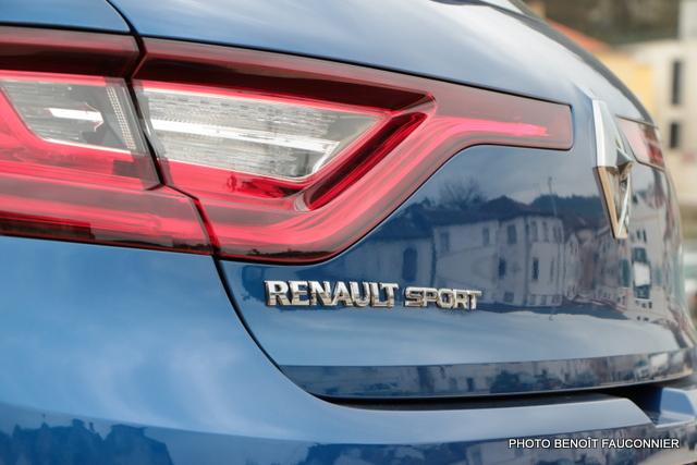Renault Mégane GT TCE 205 (9)
