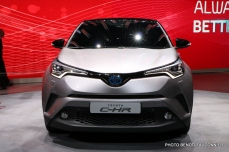 Salon de Genève 2016 - Toyota C-HR (5)