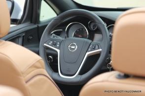 Opel Cascada (12)