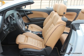 Opel Cascada (17)