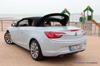 Opel Cascada (23)