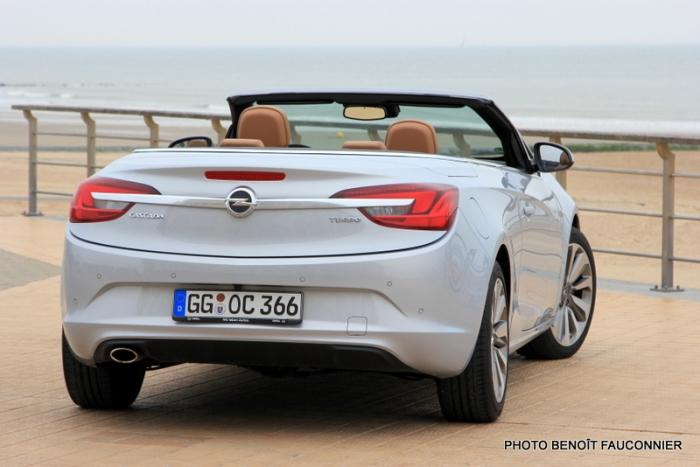 Opel Cascada (8)